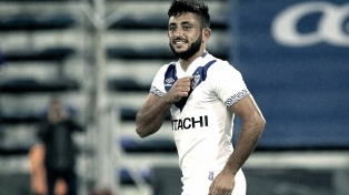 Vélez venció a Gimnasia y sigue invicto como local