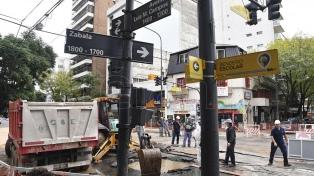 Cortarán el tránsito durante una semana por la rotura de un caño en Belgrano