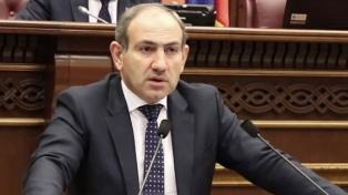 Tras liderar dos semanas de protestas, Pashinian es el nuevo primer ministro