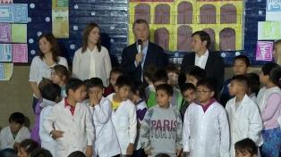 Macri y Vidal lanzan un plan para 2 mil escuelas con bajo rendimiento