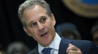 El fiscal general de Nueva York renuncia acusado de violencia de género