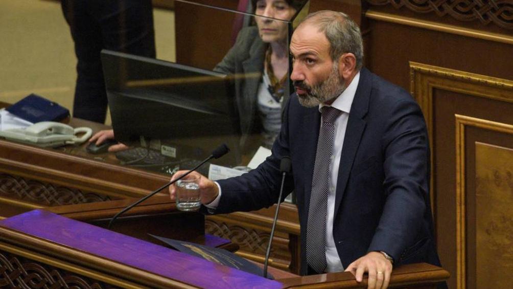 Nikol Pashinyan, Yelk