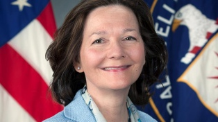 Respaldan a Haspel para dirigir la CIA, pese a su rol en programas de tortura