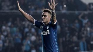 Racing ganó y sueña con clasificar a la Copa Libertadores