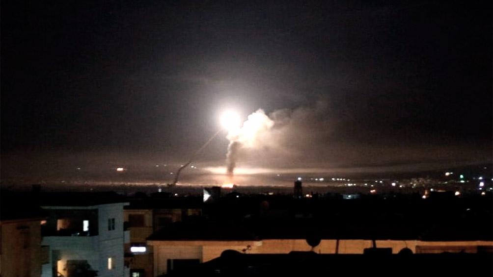 ISRAEL: La Fuerza Aérea atacó objetivos iraníes en Siria tras recibir el disparo de 20 cohetes