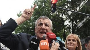 """Gioja: el proceso electoral """"va a servir para la unión"""" del peronismo"""