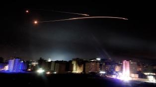 Publican imágenes aéreas de objetivos iraníes bombardeados en Siria