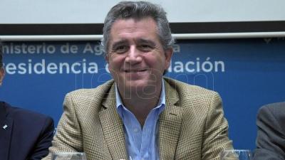 Etchevere anunció la creación de un polo agro-tecnológico en el INTA Castelar