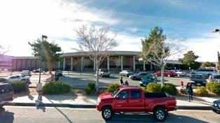 Un detenido y un herido por un tiroteo en el interior de una escuela