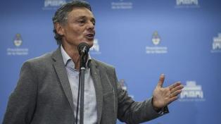 """Cabrera elogió al Gobierno y dijo que fue """"un honor"""" haber encabezado un ministerio"""