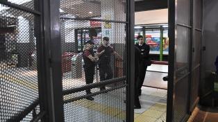 """Metrovías calificó como """"injustificado"""" el paro de este miércoles en el subte, y advirtió sobre sanciones"""