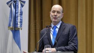 Para Sturzenegger la lucha contra la inflación vuelve a ser el objetivo primario del BCRA