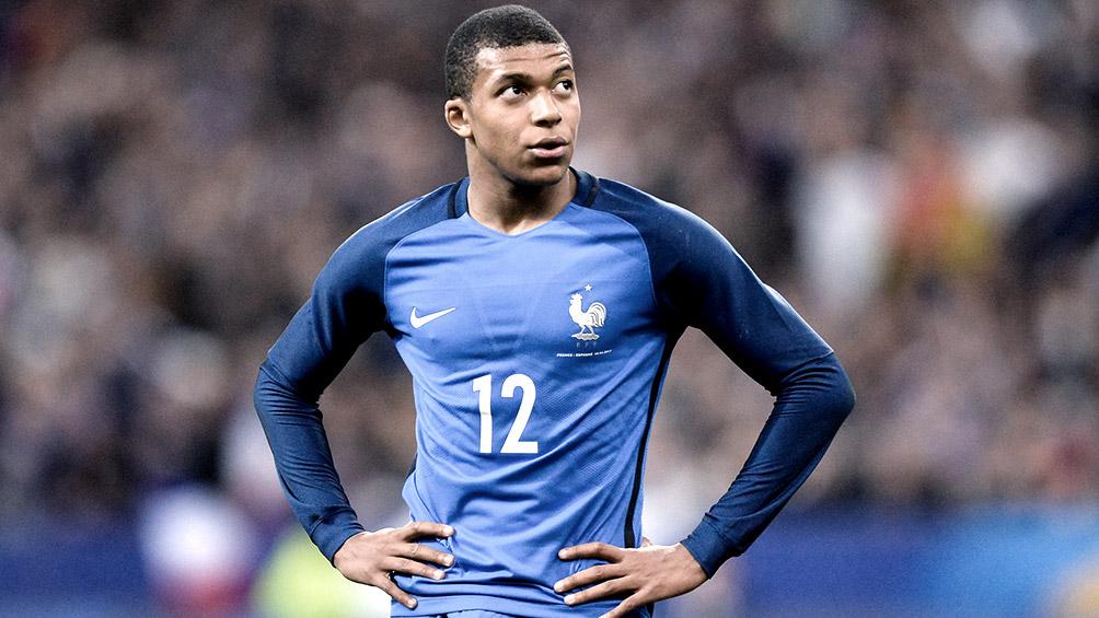 El francés Mbappe quiere ir a Japón 2020 pero aceptará lo que decida el PSG