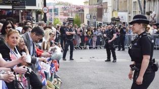 Escáneres de personas y francotiradores, parte del operativo de seguridad en la boda real