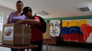 Los venezolanos eligieron presidente acosados por el fantasma de la abstención