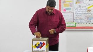 Pidieron debatir en la OEA sobre la legitimidad de Maduro