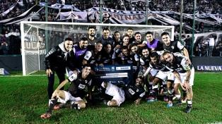 Platense dio la sorpresa y eliminó a Belgrano de la Copa Argentina