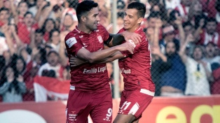 San Martín goleó a Agropecuario y llegó a la final para ascender a Primera