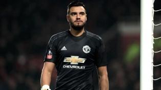 """Con Romero en el arco y como figura, el """"United"""" sigue de racha en Inglaterra"""