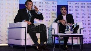 Caputo dijo que acudir al FMI permite dar certidumbre a inversores y mercados