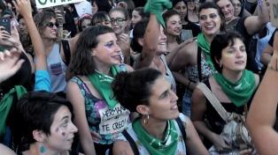 El 70% de los argentinos que apoyan el aborto tiene entre 25 y 39 años