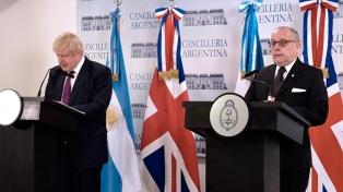 Faurie y Boris Johnson resaltaron el apoyo británico a las negociaciones con el FMI y la OCDE