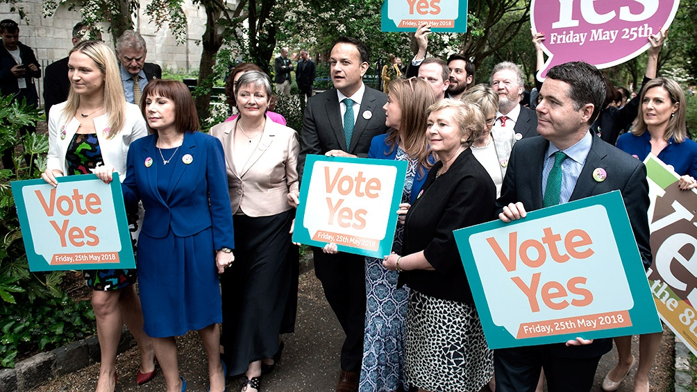 Los irlandeses aprobaron legalizar el aborto por amplia mayoría