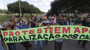 Docentes y alumnos impulsan el primer paro nacional contra Bolsonaro