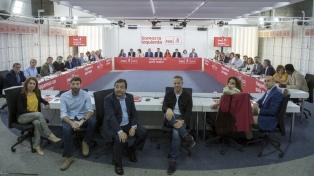 El PSOE presentó una moción de censura que busca poner a Rajoy contra las cuerdas