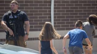 Dos tiroteos sacuden a Indiana y Oklahoma