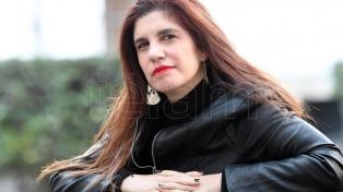 """Luciana Peker: """"Para mí la maternidad es un motor de escritura, de trabajo, de vida"""""""