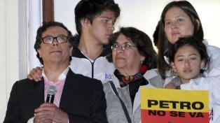 """Gustavo Petro, el ex guerrillero que llama a """"cambiar la historia"""""""