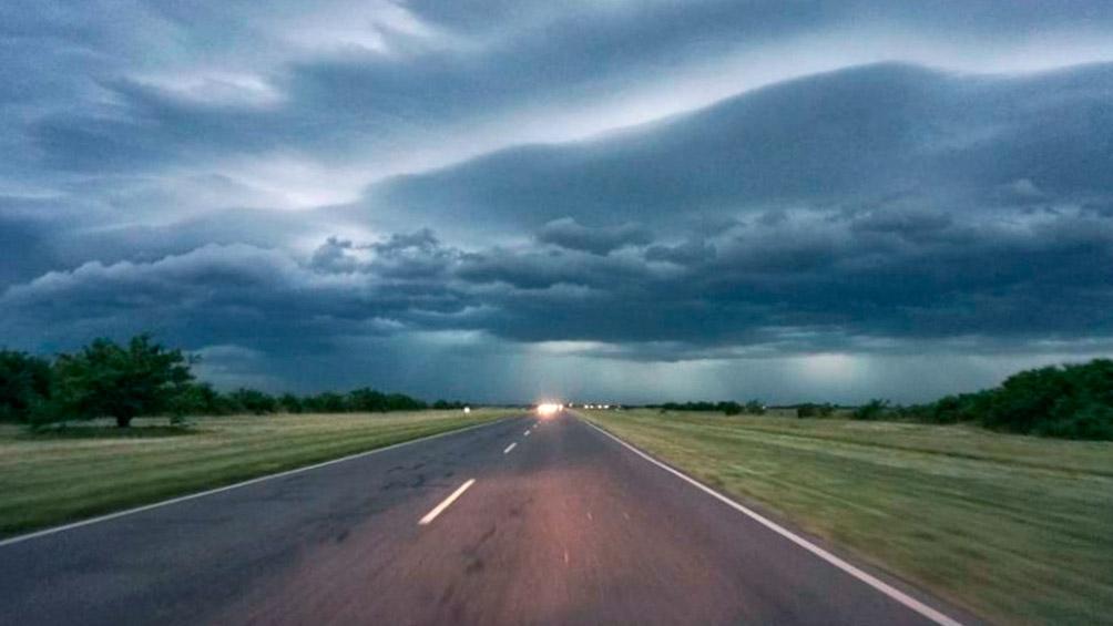 Se renuevan las alertas por tormentas y lluvias en el centro y norte del país