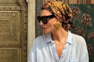Qué sabemos del kelagayi, el pañuelo azerbaiyano que está de moda
