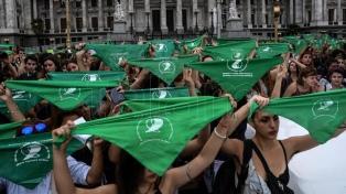 Miles de mujeres se movilizan para pedir por aborto legal