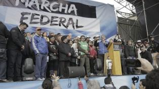 Culminó la Marcha Federal con un reclamo a la CGT para que convoque a un paro