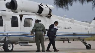 Siete integrantes de la comitiva presidencial varada en la alta montaña llegaron a Santiago del Estero