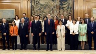 Tomó posesión el nuevo gobierno con mayoría femenina y perfil social y dialogante