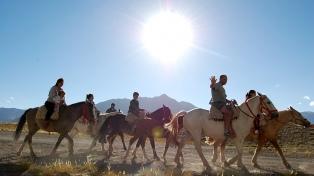 Argentina y Chile fortalecen relaciones turísticas a través de un convenio