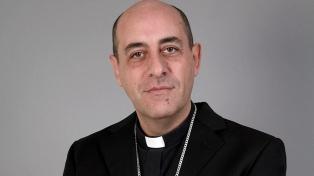 """El nuevo arzobispo condenó el aborto y dijo que el país """"está en una situación complicada"""""""