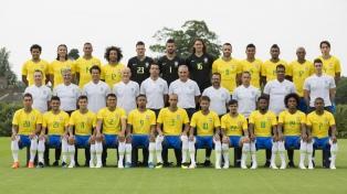 Brasil prepara su último amistoso y se tomó la foto oficial
