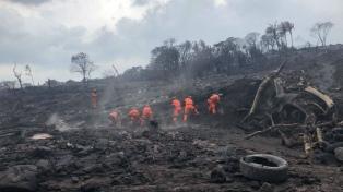 Un lahar de 45 metros de ancho bajó por el volcán de fuego