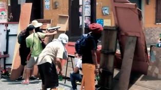 Protestas y represión en Managua, huelga en León y ataque a un cuartel policial