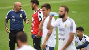 Argentina definió sus once y tendrá debut arbitral ante Islandia