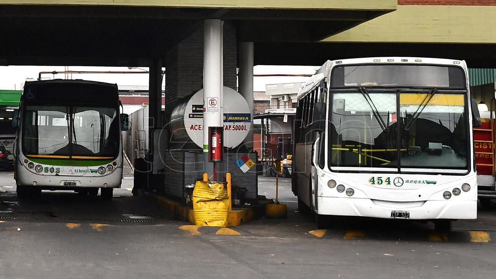 Tras levantar el paro, los transportes funcionan con frecuencias de feriado