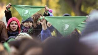 El 68% de los habitantes del Área Metropolitana apoya el aborto legal