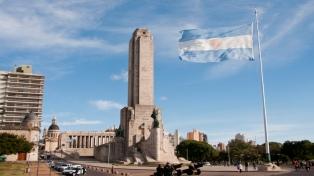 Festejarán el izamiento de la Bandera con un viaje en el tiempo