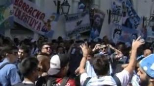 Los hinchas argentinos y un banderazo en apoyo a la Selección