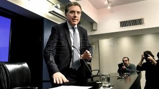 """Dujovne aseguró que la volatilidad de los mercados """"irá bajando"""""""