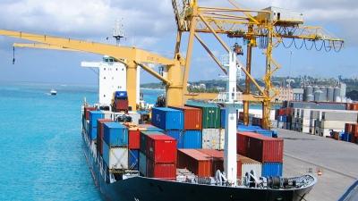 Bajan los aranceles de importación a 100 productos que no se fabrican en el país